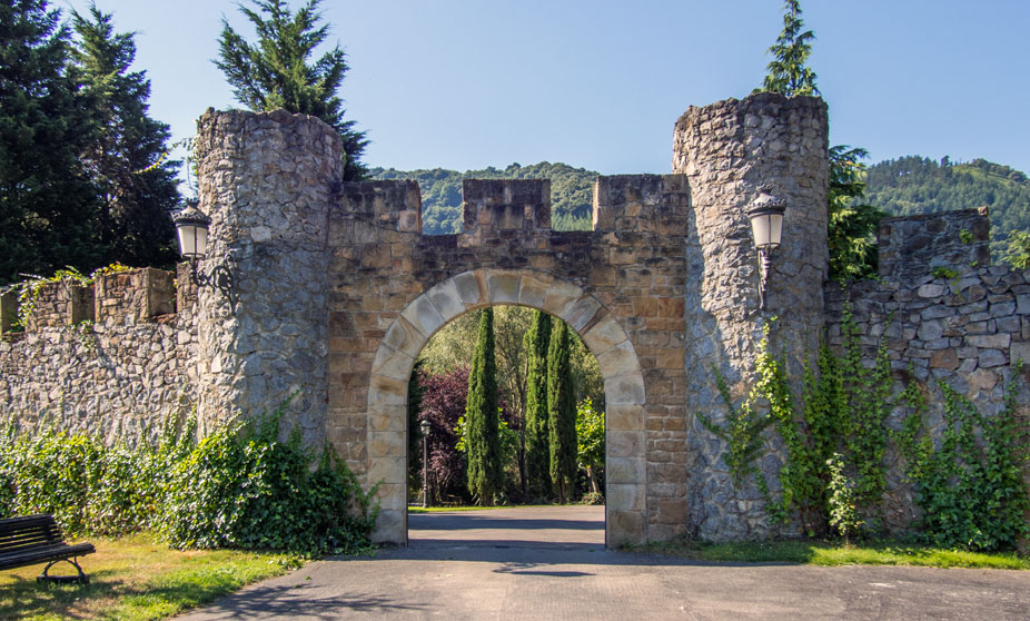 gate to the Loizaga Tower