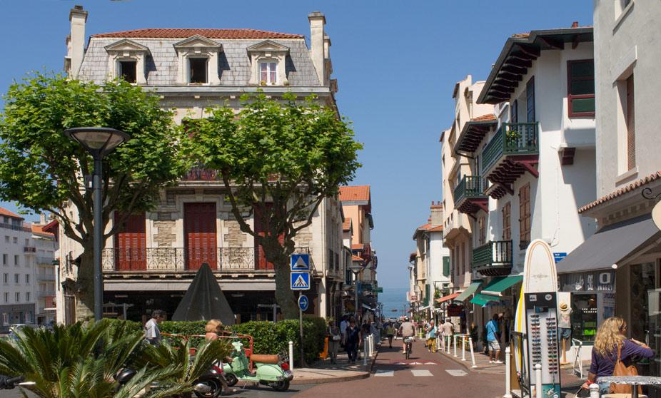 Rue du Port Vieux - Biarritz, France
