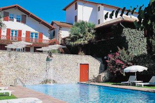 St jean pied de port france tourism basque country - Hotels in saint jean pied de port france ...