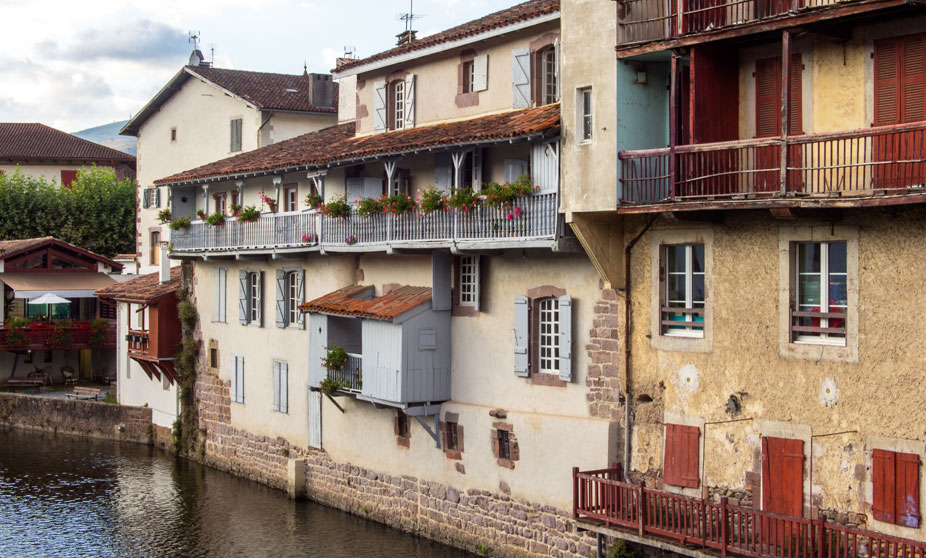 St Jean PieddePort France Tourism Basque Country - Location saint jean pied de port