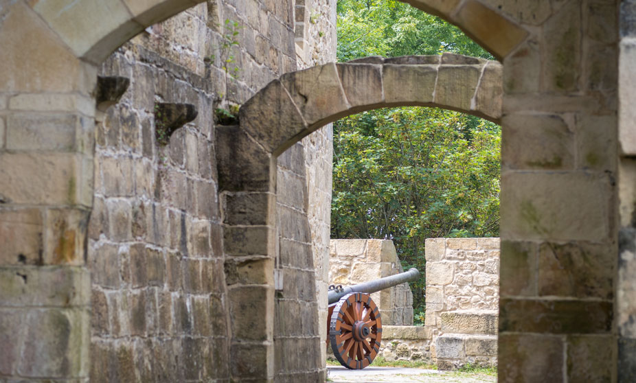 Cañón en el Castillo de la Mota - San Sebastián, España