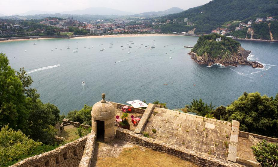 Vistas desde el monte Urgull, San Sebastián, España
