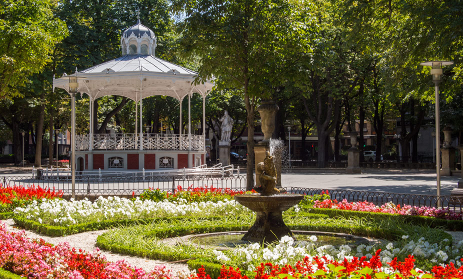 Qu ver en vitoria gasteiz espa a turismo pa s vasco for Hotel jardines de uleta vitoria